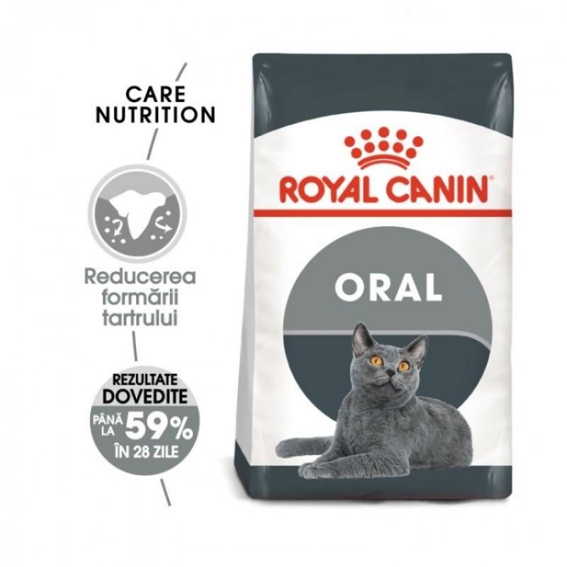 Punga cu hrana uscata Royal Canin FCN Oral Care pe fond alb