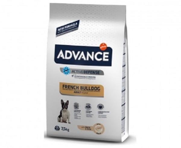 Punga cu hrana uscata Advance Bulldog Francez pe fond alb