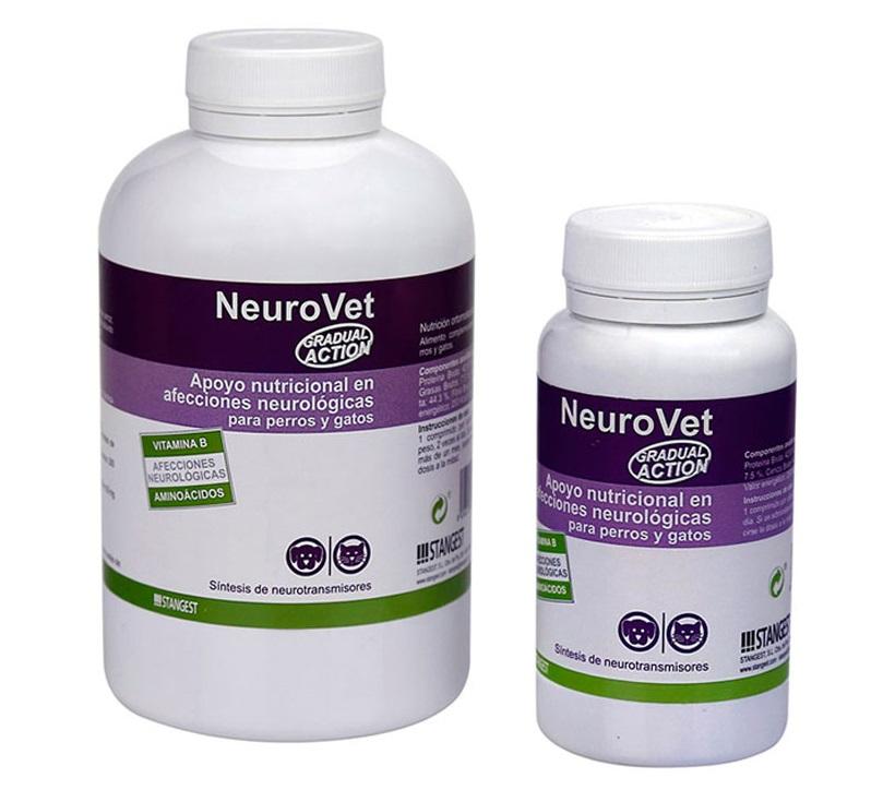 Doua cutii cu NeuroVet pe fond alb